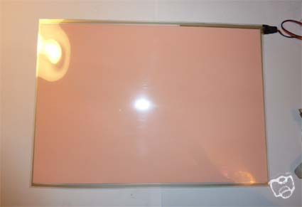 The A4 EL Panel Backlight has a slight pink tinge with the light on
