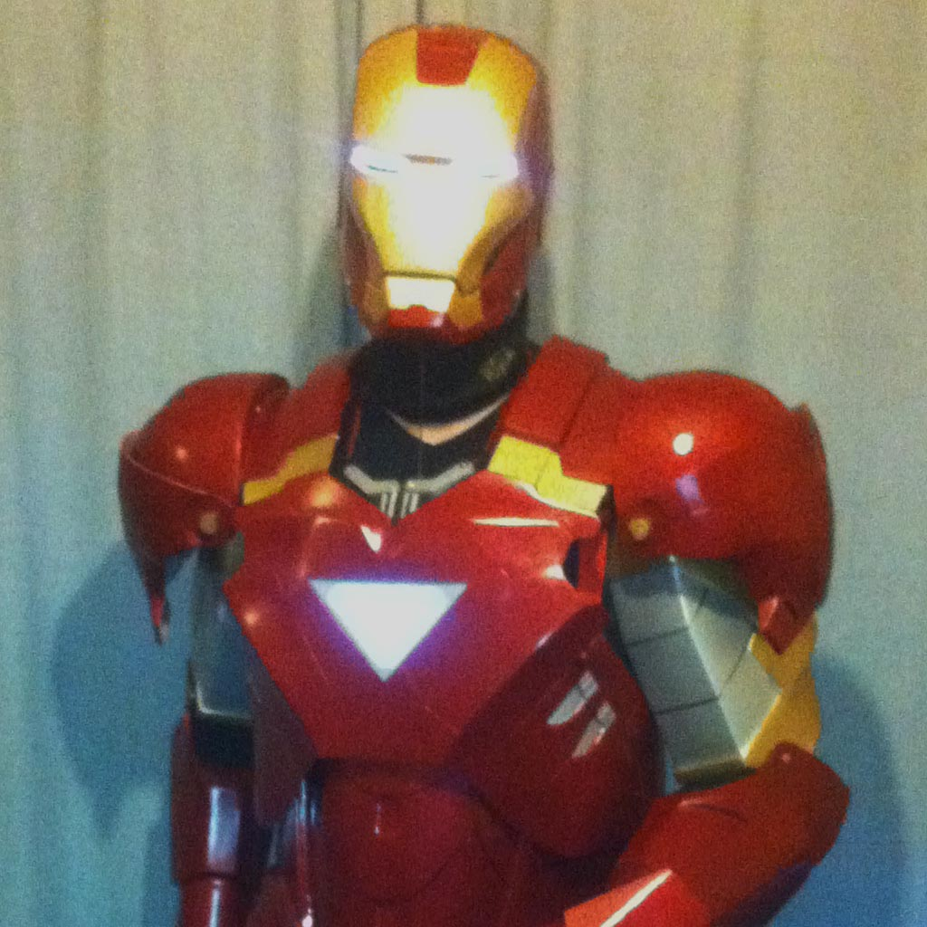 EL Iron Man Set (Mark 6) = El Tape Glowing Eyes + EL Panel Triangle